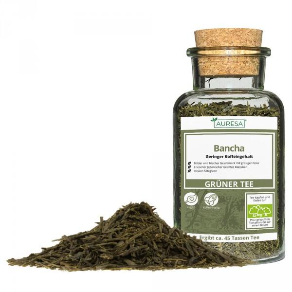 Loose green tea Bancha in a glass