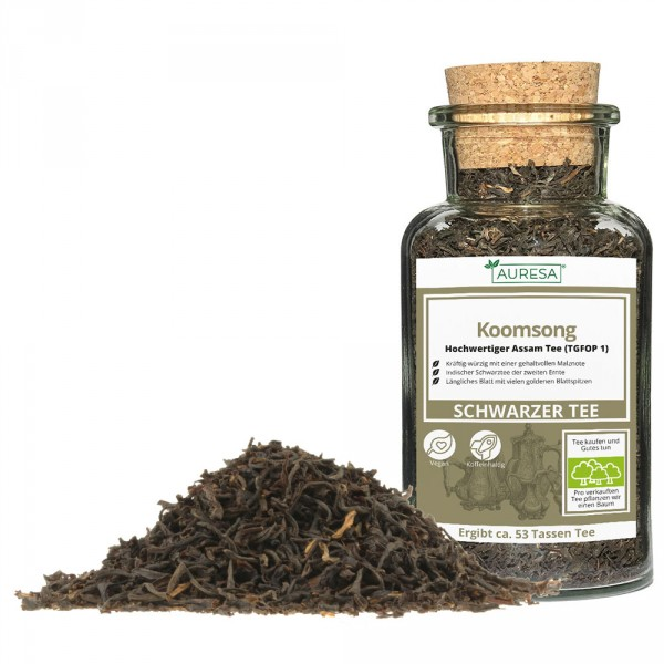 Loose black tea from Assam Koomsong in a glass