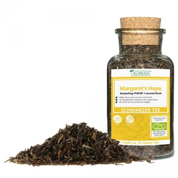Loose black tea Darjeeling in a glass