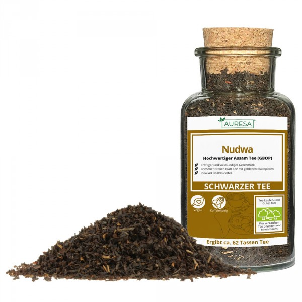 Loose black tea from Assam Nudwa in a glass