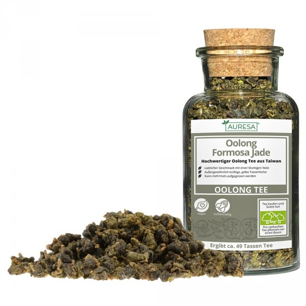 Loose Oolong Formosa Jade in a glass