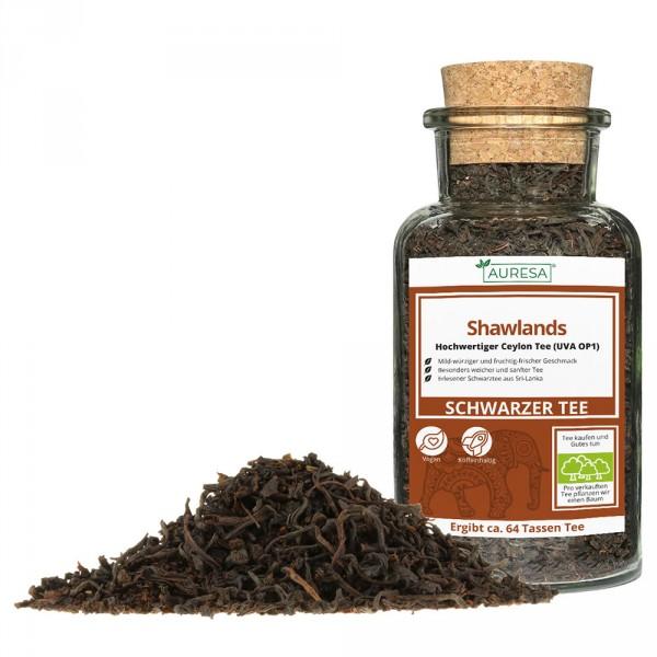 Loose black tea - Ceylon tea in a glass